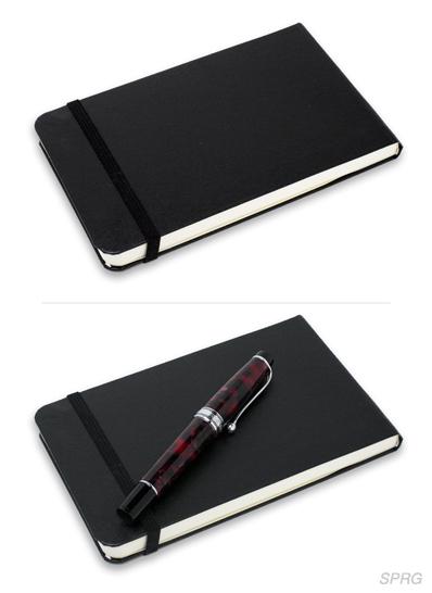 「引き立て文具」ノートに筆記具を添えて